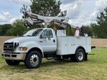 2007 Ford F750 46' Articulating Bucket Cat Allison