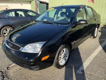 2007_Ford_Focus_ZX4 SE_ Brandywine MD