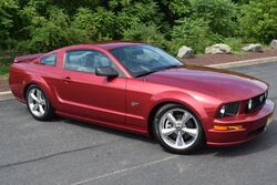 Ford Mustang GT Premium 5-Speed 2007