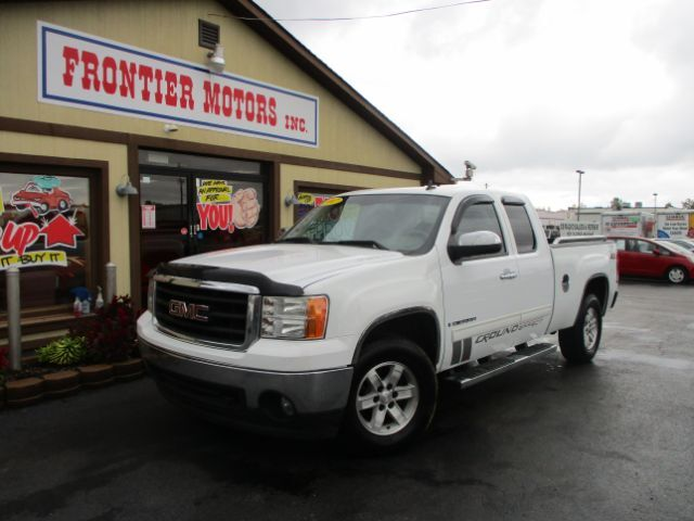 2007 GMC Sierra 1500 SLE1 Ext. Cab 4WD Middletown OH