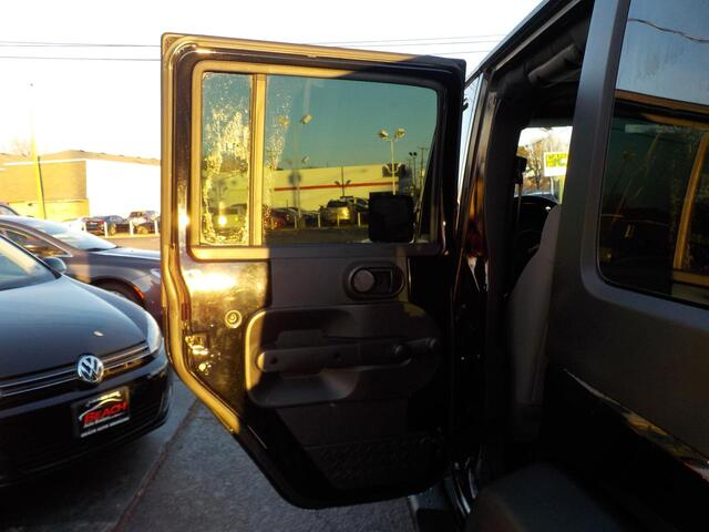 2007 JEEP WRANGLER X 4X4, BUYBACK GUARANTEE, WARRANTY, HARD TOP, RUNNING BOARDS, TOW PKG, ONLY 68K MILES,SWEET! Norfolk VA