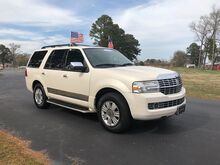2007_Lincoln_Navigator_4d SUV 4WD Ultimate_ Outer Banks NC