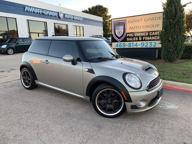 2007 MINI Cooper Hardtop S PREMIUM LEATHER, SPORT PACKAGE, PANORAMIC ROOF, EXTRA SPOILERS, UPGRADED WHEELS, WOOD STEERING WHEEL AND TRIM!!! SUPER CLEAN!!! Plano TX