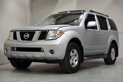 2007_Nissan_Pathfinder_SE_ Englewood CO