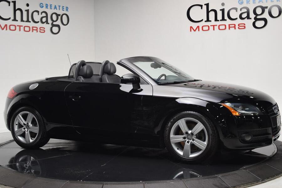 2008_Audi_TT_2.0T_ Chicago IL