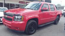 2008_CHEVROLET_AVALANCHE_LT 4X4, AUTOCHECK CERTIFIED, SUNROOF, REMOTE START, SAT, TOW PKG,RUNNING BOARDS, ONLY 68K MILES!_ Norfolk VA