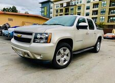 2008_Chevrolet_Avalanche_LT w/2LT_ Redwood City CA