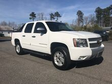 2008_Chevrolet_Avalanche_LT w/3LT 4x4_ Richmond VA