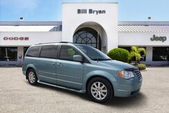 2008_Chrysler_Town & Country_Touring_ Leesburg FL