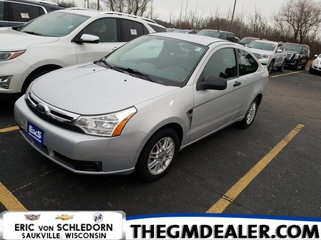 2008 Ford Focus SE 2dr Coupe DriversGroup Milwaukee WI