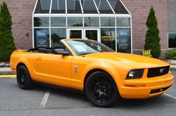 Ford Mustang Convertible 5-Speed Deluxe 2008