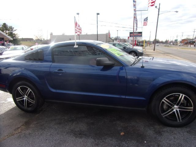 2008 Ford Mustang V6 Premium Coupe Middletown OH