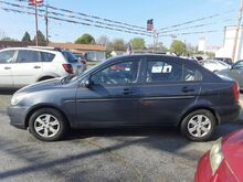 2008_Hyundai_Accent_GLS 4-Door_ Middletown OH