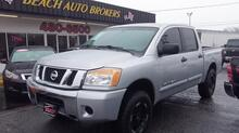 2008_NISSAN_TITAN_SE CREWCAB 4X4, CARFAX CERTIFIED, SATELLITE, HEATED MIRRORS, BEDLINER, AUX PORT, CLEAN TRUCK!_ Norfolk VA