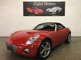 Pontiac Solstice Convertible only 9kmi ONE OWNER!! Collectors Quality! 2008