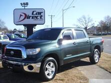 TOYOTA TUNDRA SR5 CREWMAX, I-FORCE 5.7L V8, 4X4, CARFAX CERTIFIED, BED LINER, TOW PACKAGE, ONLY 53K MILES!! 2008