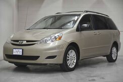 2008_Toyota_Sienna_LE_ Englewood CO