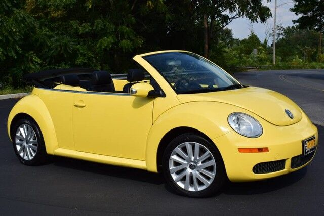 2008 Volkswagen New Beetle Convertible SE Easton PA