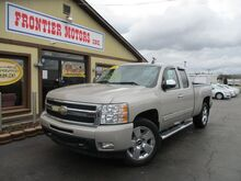 2009_Chevrolet_Silverado 1500_Extended Cab LTZ 4WD_ Middletown OH