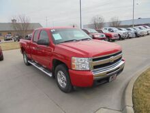 2009_Chevrolet_Silverado 1500_LT1 Ext. Cab Short Box 4WD_ Colby KS
