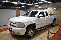 2009_Chevrolet_Silverado 1500_LT1 Ext. Cab Std. Box 4WD_ Charlotte NC