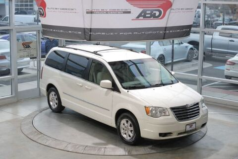 2009_Chrysler_Town & Country_Touring_ Chantilly VA