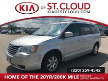 2009_Chrysler_Town & Country_Touring_ St. Cloud MN