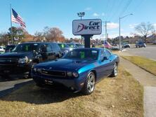 DODGE CHALLENGER R/T HEMI, BUY BACK GUARANTEE AND WARRANTY, CD PLAYER, BLUETOOTH, SUNROOF, MANUAL, V8 POWER LOW MILES 2009