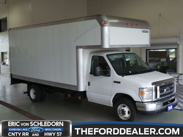 2009 Ford E-450SD Base Milwaukee WI