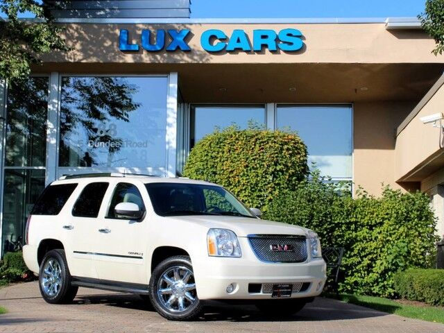 2009_GMC_Yukon Denali_NAV REAR DVD 3RD ROW AWD_ Buffalo Grove IL