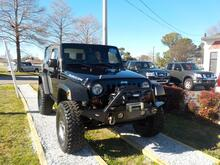 2009_JEEP_WRANGLER_RUBICON 4X4, WARRANTY, MANUAL, WINCH, SIRIUS RADIO,  BRUSH GUARD, TOW PKG, A/C, LOW MILES, 1 OWNER!!_ Norfolk VA