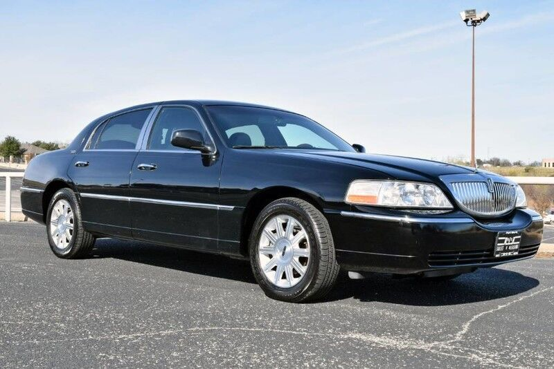 Vehicle Details 2009 Lincoln Town Car At Rlb Auto Group Fort Worth