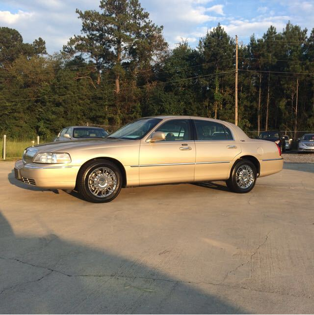 2009 Lincoln Town Car Signature Limited Hattiesburg MS