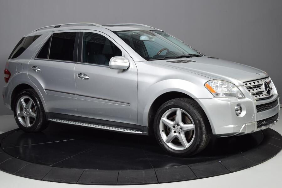 2009_Mercedes-Benz_M-Class_5.5L_ Glendale Heights IL