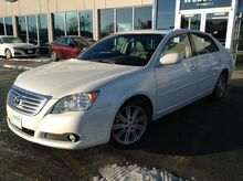 2009_Toyota_Avalon_Limited_ La Crosse WI