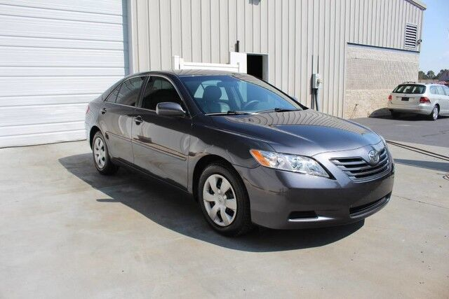 Captivating 2009 Toyota Camry LE Automatic Sedan 34 Mpg Knoxville TN ...
