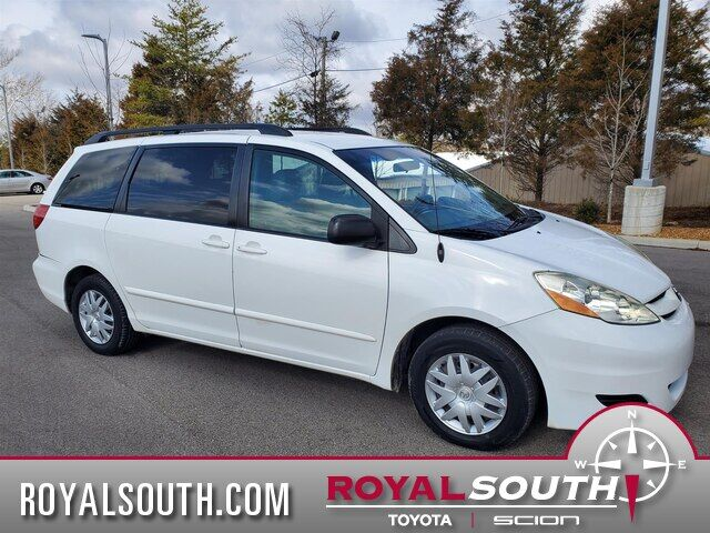 2009 Toyota Sienna LE Bloomington IN