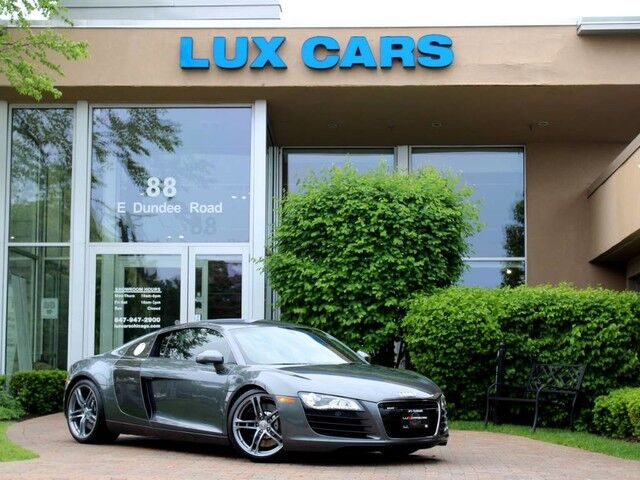 2010_Audi_R8_4.2L 6-Speed Manual Quattro_ Buffalo Grove IL