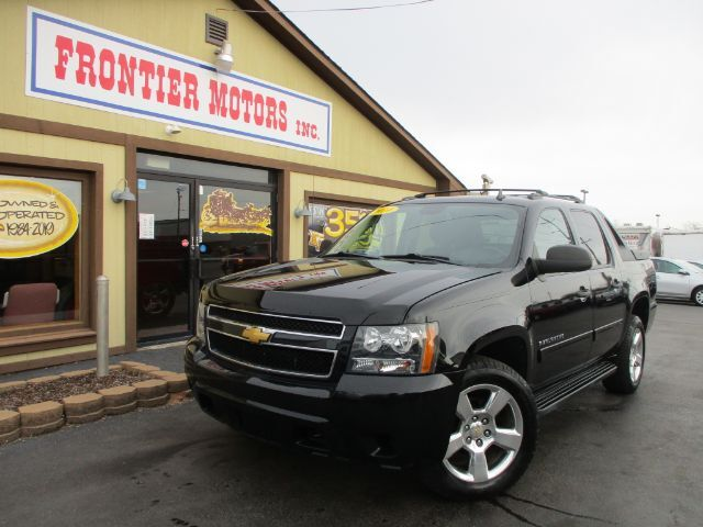 2010 Chevrolet Avalanche LS 4WD Middletown OH