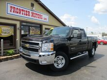 2010_Chevrolet_Silverado 2500HD_LT1 Ext. Cab Long Box 4WD_ Middletown OH