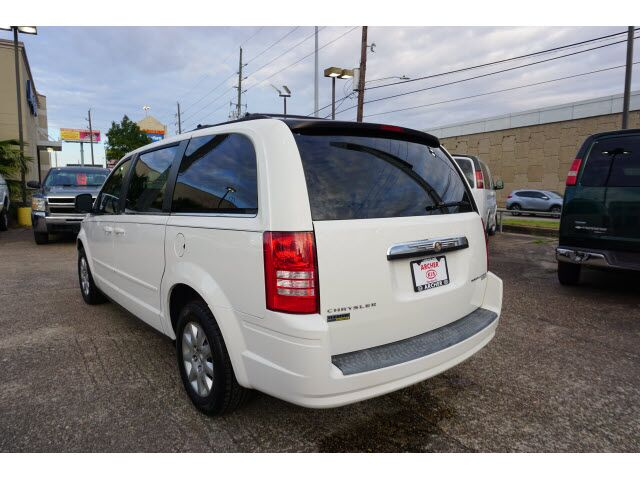 2010 Chrysler Town & Country LX Houston TX