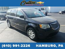 2010_Chrysler_Town & Country_LX_ Hamburg PA