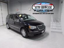 2010_Chrysler_Town & Country_Limited_ Carol Stream IL
