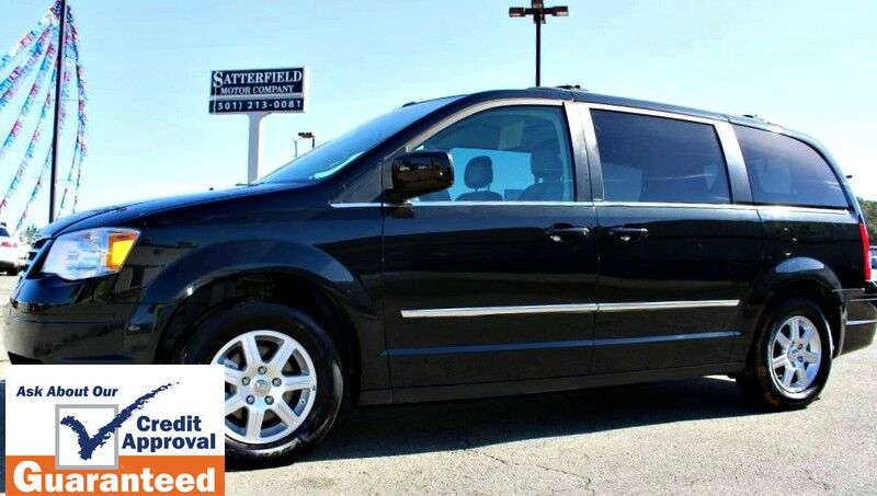 2010 Chrysler Town & Country Touring Plus Bryant AR