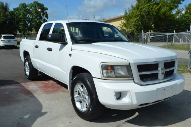 2010 DODGE Dakota SXT Crew Cab 2WD Houston TX