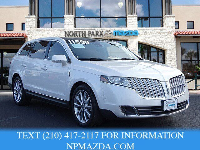 2010 Lincoln Mkt Owners Manual - Online User Manual •