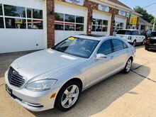 2010_Mercedes-Benz_S-Class_S 550_ Shrewsbury NJ