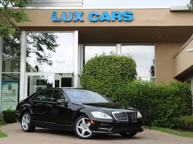 2010_Mercedes-Benz_S550_SPORT AMG PANOROOF NAV P2 4MATIC MSRP $109,315_ Buffalo Grove IL