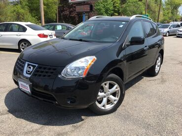 2010_Nissan_Rogue_SL_ Worcester MA
