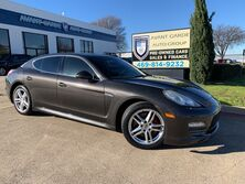 Porsche Panamera 4S NAVIGATION HEATED LEATHER, PREMIUM SOUND, PARKING SENSORS, SUNROOF!!! FULLY LOADED!!! 2010